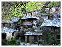 Taramundi (Asturias-España) (celicom) Tags: rural asturias turismo etnografico taramundi natureleza teixois