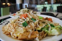 Pad Thai tofu and veg - Mint Thai AUD9 (avlxyz) Tags: food tofu egg vegetable thai vegetarian noodle padthai beancurd fried phadthai horfun  mintthai