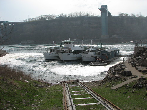Niagara Falls 004 (30-Apr)