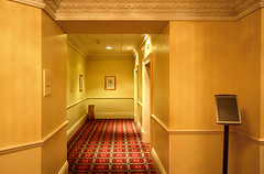 Br Marriott Royal Hotel corridor 1, Bristol (Jeremy Webb Photography) Tags: bristol carpet hotel interior corridor landing jezza jeremywebb