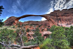 Arches National Park (Photoshoparama - Dan) Tags: mountains america utah archesnationalpark hdr johnsongraphics photoshoparama danielejohnson crossroadonecom dsc280809101112
