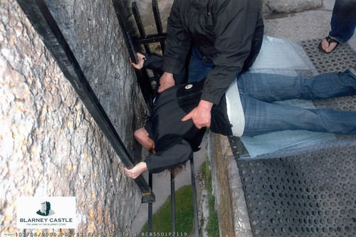 Stef Kisses the Blarney Stone