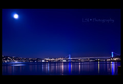 Istanbul'un Incileri / Istanbul's Pearls (Kuzeytac) Tags: life city longexposure travel bridge blue light sea sky panorama moon black color colour reflection nature silhouette glitter night turkey geotagged evening cityscape view purple trkiye turkiye scene istanbul panoramic explore ay geotag siluet deniz mavi mor leyla hayat bosphorous boaz gkyz gece manzara lsi yansma k renk akam arnavutkoy doa tabiat siyah renkler sigma1020 vob boazkprs lacivert ehir parlt canoneos400d canoneosdigitalrebelxti bosphorousbridge kuzeytac copyrightedallrightsreserved timerelapse aqualityonlyclub