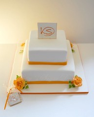 Orange Rose (Bettys Sugar Dreams) Tags: roses orange germany deutschland keks cookie weddingcake hamburg rosen hochzeitstorte torte franke monogramm hochzeitstorten motivtorte bettyssugardreams sugardreamsde bettinaschliephakeburchardt