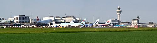 Swiss A-310 landing in Schipol