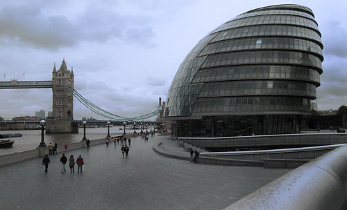 "London 216 • <a style=""font-size:0.8em;"" href=""http://www.flickr.com/photos/30735181@N00/3647783232/"" target=""_blank"">View on Flickr</a>"