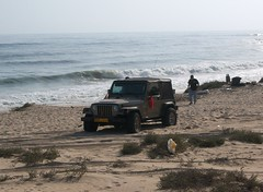 Camping at Sifa Beach - OMAN (SAM OMAN) Tags: camping gulf jeep 4x4 east adventure middle oman bashing wadi muscat wrangler jeeping fanja sifa