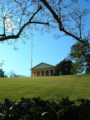 Lee Mansion, as seen from Kennedy's gravesite