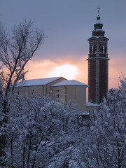la quiete dopo la tormenta (Michela Chemello) Tags: trees sunset sky sun snow church alberi tramonto chiesa campanile cielo neve sole inverno dicembre freddo magicmoments molvena panoramafotografico mygearandmepremium