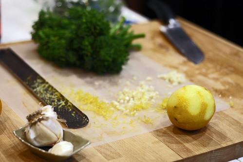 lemon garlic brocolini