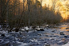 WINTER COMES TO THE COVE (Paul Mashburn's Captures) Tags: snow ice tennessee streams smokymountains cadescove greatsmokymountainsnationalpark iceandwater cadescovelooproad mushyscaptures paulmashburn