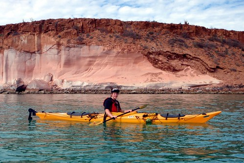 Isla Espiritu Santo - Dere Sea Kayaking by gshollings@rogers.com.