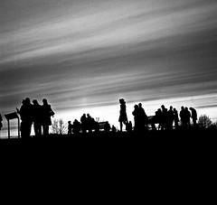 Sunset on Primrose Hill (ym32) Tags: sunset bw london 6x6 tlr film rolleiflex zeiss mediumformat kodak trix 400 carl primrosehill f28 120mm planar gx 80mm