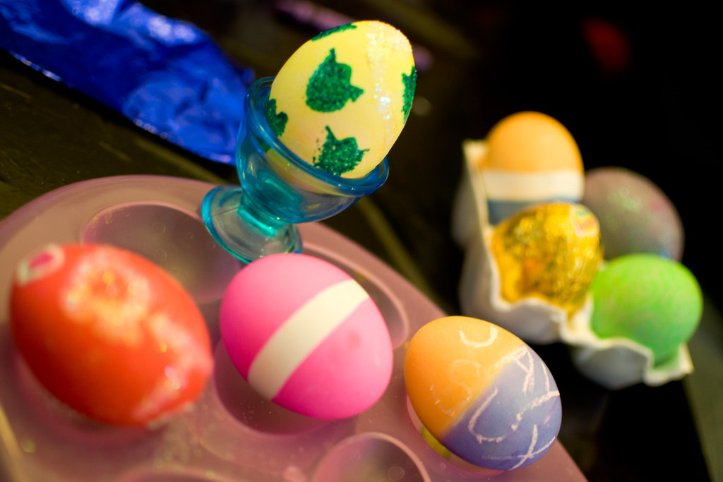 YIP: egg decorating