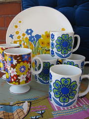 Vera Plate and Mugs (moxie-girl) Tags: flowers vintage mugs 60s estate plate retro thrift daisy 70s dishes vera moxie mikasa