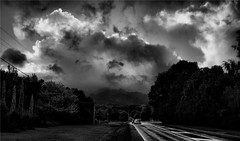 2009-04-25 Storm Break Over Mt Pirongia [M] (oyster2009) Tags: white black monochrome clouds high mt dynamic nikond50 waikato backlit range hdr pirongia 3exp contrejoure newzealandscenery