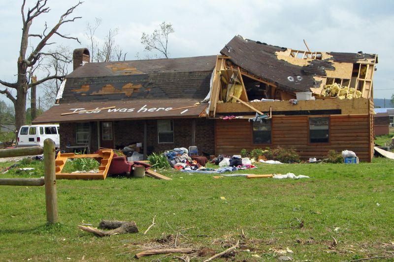 Mena Tornado 2009 36
