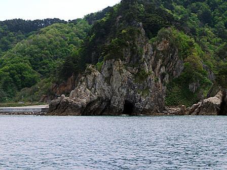 恐竜岩~笹川流れ