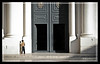 A - Seo (Javi Albors ©) Tags: old españa detalle blanco architecture pilar canon children spain arquitectura child cathedral basilica fuente catedral zaragoza vida aragon niño fachada antiguo pis saragossa seo aragón saragosse mear laseo 400d fzfave basilicadeelpilar misionfz090501 javialbors