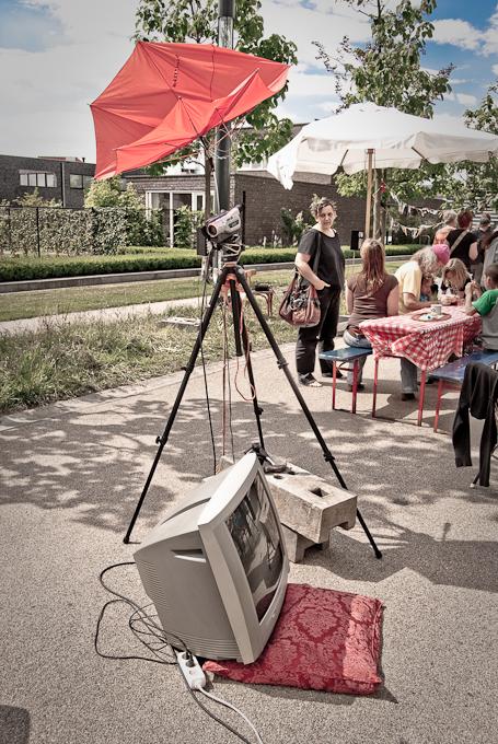 Paraplu videocamera en televisie compositie