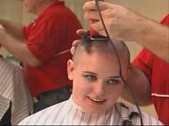 headshave - 2009-06-02_115438 (bob cut) Tags: ladies haircut sexy girl happy bald shave razor headshave