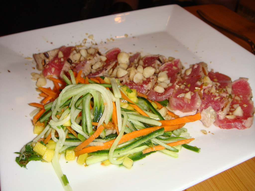 Seared Ahi Macadamia