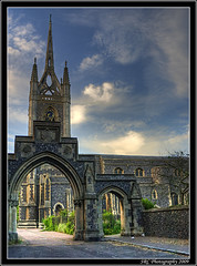 Faversham Parish Church of St Mary of Charity (Steve's Photography :-)) Tags: church canon kent arch entrance archway ems hdr faversham fdcc eos300dslr favershamparishchurchofstmaryofcharity practicalevenings