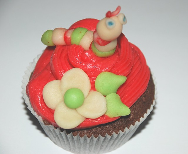 worm on a cupcake