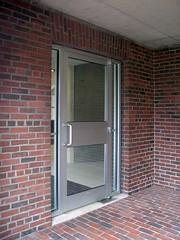 Unpretentious (caprilemon) Tags: usa brick architecture library arcade entrance newhampshire exeter northamerica louiskahn exeterlibrary reinforcedconcrete philipsexeteracademy