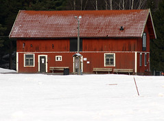 The old Stable (Steffe) Tags: winter snow canon sweden haninge stable rudan handen farmbuildings winterinsweden rudansgrd jordbnningarna