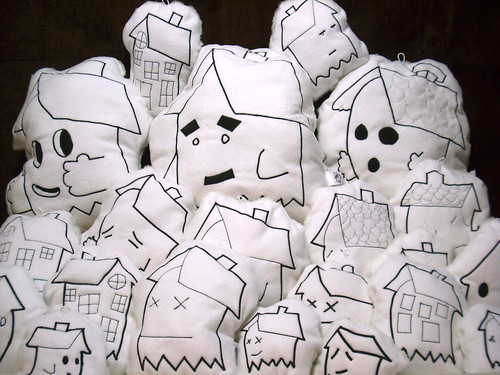 ghost house plush dolls