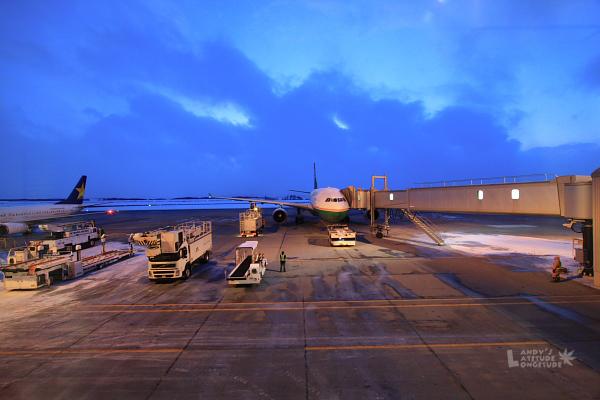 2009北海道-D5-6-旭川機場_15.jpg