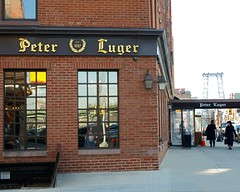 Peter Luger Steakhouse, Williamsburg, New York City (jag9889) Tags: county city nyc bridge people house ny newyork building brick brooklyn reflections puente restaurant crossing broadway bridges ponte kings steak williamsburg pont brcke 2009 steakhouse williamsburgbridge peterluger y2009 jag9889