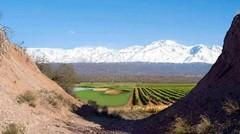 El combo golf, viñedos y casas top se afianza como inversión en Mendoza