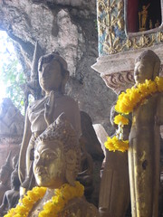 IMG_4131 (tomaszd) Tags: geotagged laos lao louangphabang banpakou geo:lat=2004919333 geo:lon=10221103000