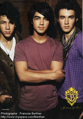 Jonas Brothers (breakingmyheartonceagain.) Tags: new old danger paul kevin brothers danielle joe jr k2 jb paranoid jonas camille rare diabetes mrpresident niley nickjonas joejonas jobros nelena