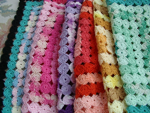 Crochet Yoyos : Who wants yoyo afghan pattern?