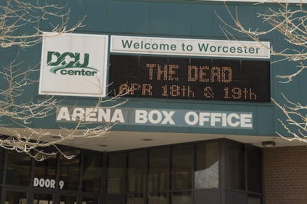 The Dead on the DCU Center marquee -- 4/18 & 19/09 [copyright Jay Blakesberg]