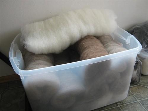 wool bat bin