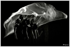 How to disappear completely (Lux) Tags: white black teatro universit eldorado fujifilm luci ferrara scena ctu spettacolo attori attrici s1000fd fujifilmfinepixs1000fd lux76 fogliluca nobrainstudio michalistraitsis
