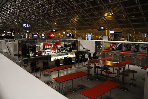 Cafe in Charles de Gaulle airport being set up