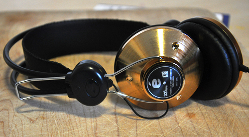 Eskuche Rose Gold Headphones