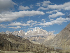 While the clouds played over Mount Tupopdon (Noor Pamiri) Tags: hunza gojal gulmit2008
