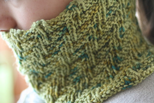 Darkside Cowl in Artyarns Supermerino