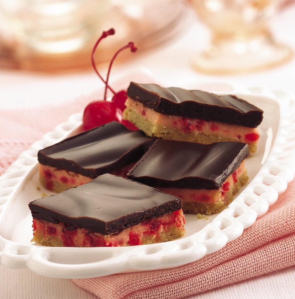 RECIPE: Choco-Cherry Cheesecake Bars