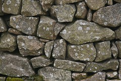 Dry stone wall on Carn Marth. (john durrant) Tags: uk chimney brick stone wall cornwall dry arches stack granite coppermine tinmine redruth kernow quoins whealamelia pennanceconsols carnmarth baronetsenginehouse
