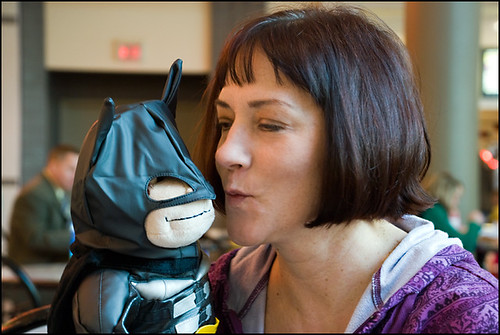 Mom_Silly-Face_Kissing-BatMonkey