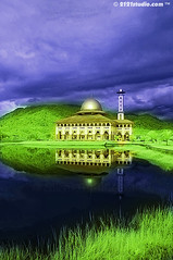 Masjid Darul Quran (Infrared) (2121studio) Tags: travel reflection art nature architecture d50 ir artwork nikon ali malaysia infrared indah hdr kuantan melayu kembara seni alam karya bestphoto nikonian drali topphotographer malaysianmosque topimage empatmata convertedinfraredcamera 2121studio karyaseni kuantanphotographer pahangphotographer masjiddarulquran ciptaanallahswt malaysianinfraredphotographer tasikhufaz mastukul 0139342121 alikuantan worldbestphoto darulquranmosque