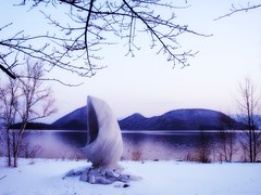 JAPAN Hokkaido Lake Toya   (Ming - chun ( very busy )) Tags: lake snow reflection water japan hokkaido   soe toya  laketoya abigfave