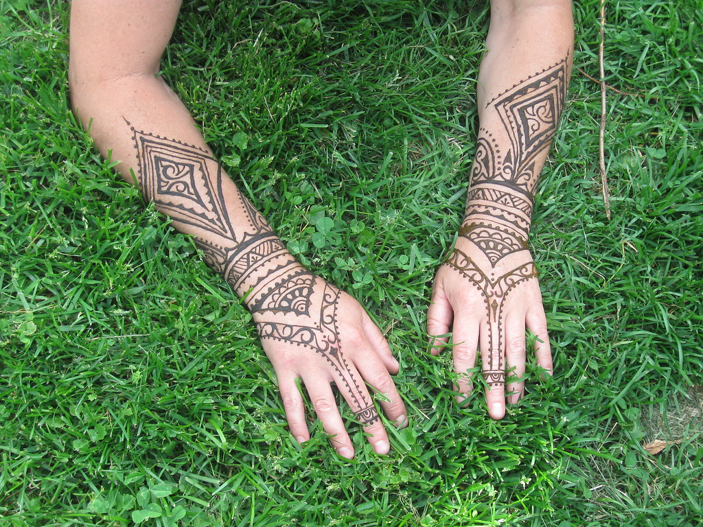 The World S Newest Photos Of Armband And Henna Flickr Hive Mind